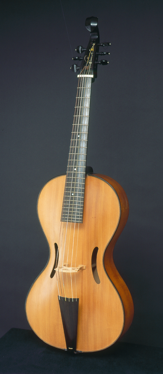 Arpeggione - Arpeggione built in 1968 by Henning Aschauer following specifications of Alfred Lessing