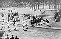 Arrivée du 100 mètres des JO de 1912.jpg