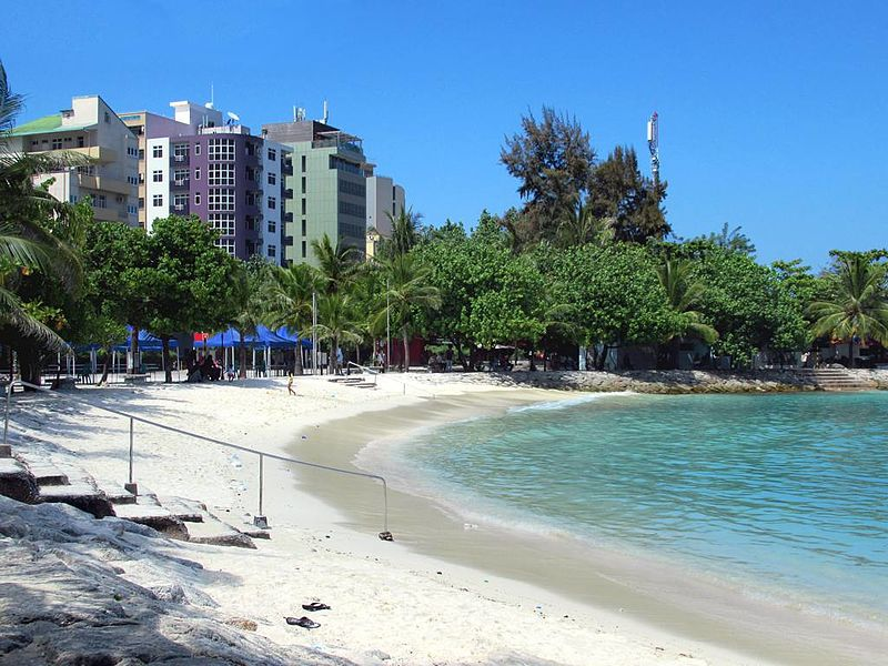 File:Artificial Beach (32938614986).jpg