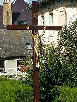 Attigny, Ardennes - Wayside Cross near the bridge