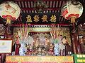 Bàn thờ chùa Bang.jpg