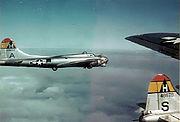 B-17g-44-46604-44-48676-306bg-thurleigh