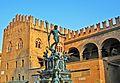 BO - Fontana del Nettuno e Palazzo Re Enzo 3.jpg