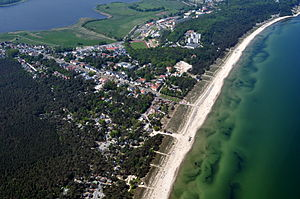 Baabe - Aerial view of Baabe facing its sandy beaches of the Baltic Sea