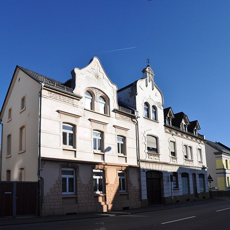 Datei:Bad Camberg, Bahnhofstraße 1.jpg