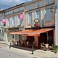 Baignes 16 Café&banque 2013.jpg