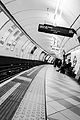 Bank station westbound Central line greyscale by dconvertini (DSC6167).jpg