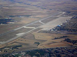 Madrid–Torrejón Airport - Image: Base Aérea de Torrejón 2