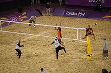 8fd5fdb031 Jogo entre duplas de voleibol de praia