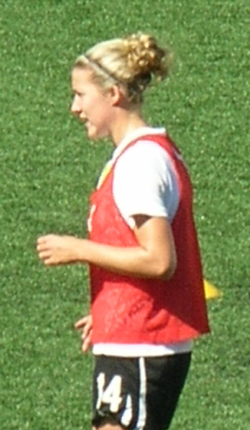Becky Edwards at 2010 WPS Championship.JPG