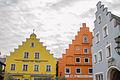Beilngries Schrannenplatz 3(orange) 4(blau).jpg