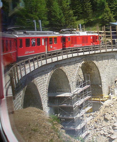 Fichier:Bernina-Express..jpg