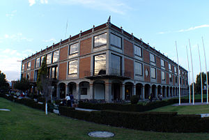 Universidad de las Américas Puebla - UDLAP Library, on campus.