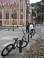 Bicicleta e iglesia.JPG