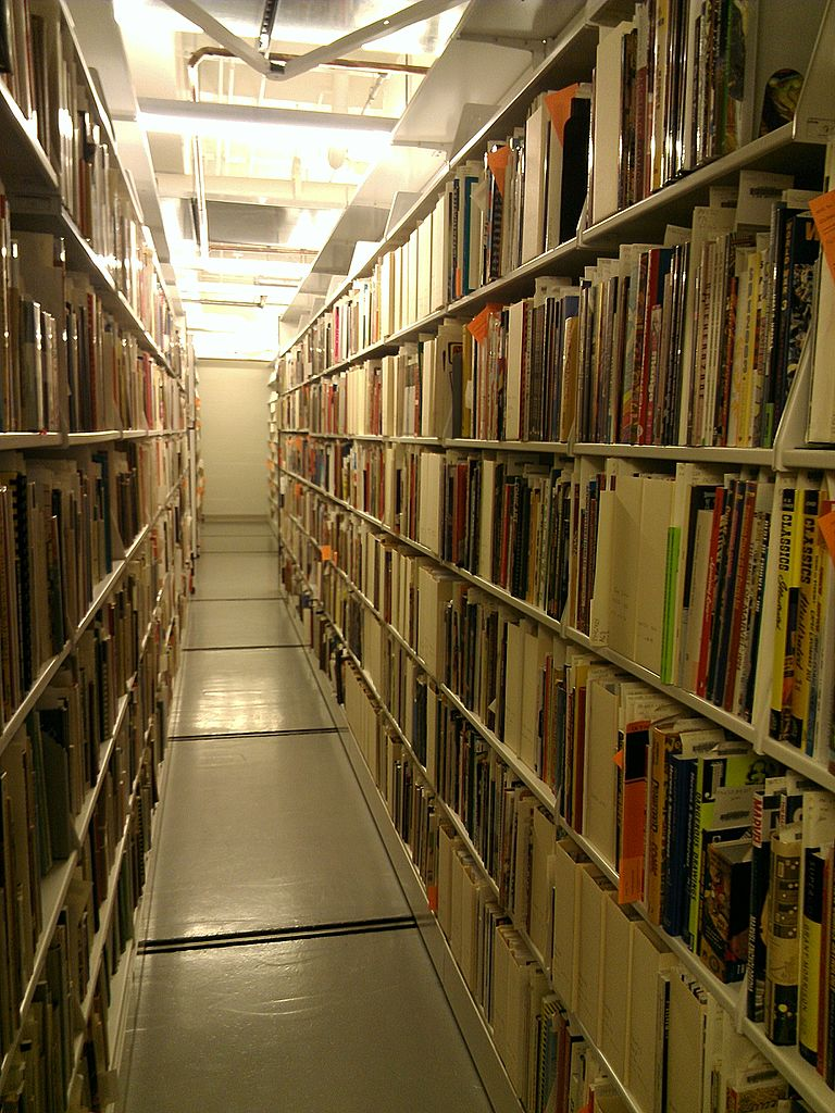 File:Billy Ireland Cartoon Library & Museum - inside an aisle of ...