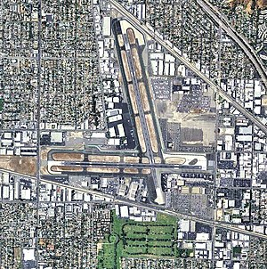 Hollywood Burbank Airport - USGS 2006 orthophoto