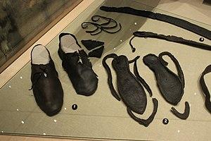 Hedeby 1 piece shoes | Middelalder, Sko, Mønstre