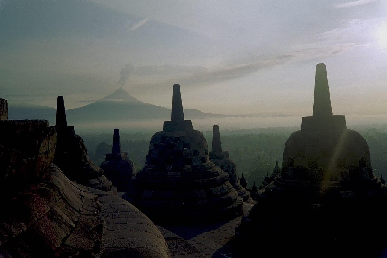 Borobudur Wikiwand