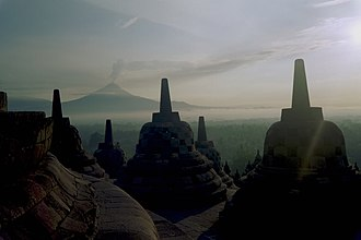 2010 eruptions of Mount Merapi - View of Merapi from Borobudur in nearby Magelang (2006).