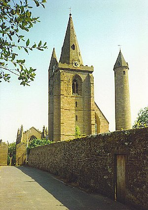 Brechin - Image: Brechin, Cathedral and Round Tower