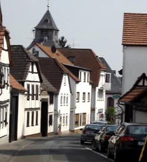 Wiesbaden-Breckenheim - The Alte Dorfstraße with the Evangelische Church in background