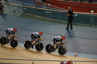 Cycling at the 2012 Summer Olympics – Women's team pursuit - The British team (Dani King, Laura Trott, Joanna Rowsell) riding for gold