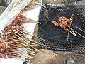 """Brochette de viande aussi appelé """"pain chien"""" en Côte d'Ivoire.jpg"""