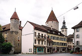 Bulle - Houses and the castle in Bulle