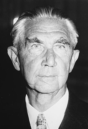 Hermann Höpker-Aschoff - Image: Bundesarchiv B 145 Bild F050215 0005, Hermann Höpker Aschoff
