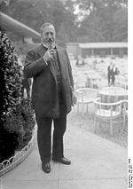 Bernhard Dernburg, ancien secrétaire d État impérial aux Colonies, en Juillet 1931