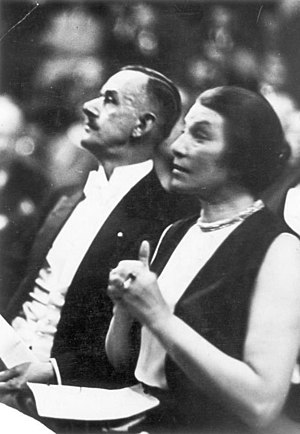 Richard von Coudenhove-Kalergi - Ida Roland-Coudenhove-Kalergi and Thomas Mann in the second Pan-European Congress in Sing-Akademie zu Berlin on May 17, 1930.