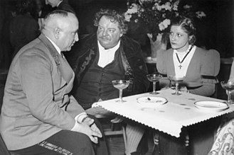 Gisela Uhlen - Gisela Uhlen (right), with Robert Ley (left) and Heinrich George, 1941: during a guest appearance of the Berliner Schiller-Theater in occupied France