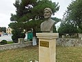 Bust of Falaki Shirvani 1.jpg