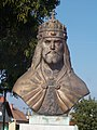 Bust of Stephen I of Hungary by Kristóf Kelemen. - Simontornya.JPG