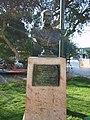 Busto de Arturo Prat en la Plaza de Armas de Vallenar - panoramio.jpg