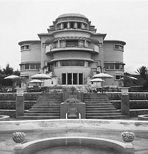 Charles Prosper Wolff Schoemaker - The Villa Isola in Bandung, designed by Wolff Schoemaker.