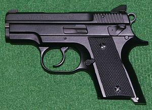 English: CZ-2075D Rami pistol