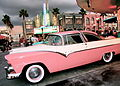 Cadillac rosa.jpg