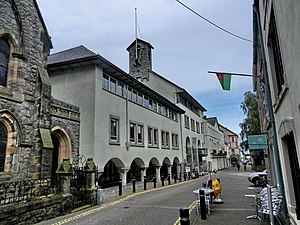 1986 in architecture - Image: Caernarfon panoramio (12)