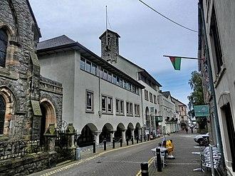 1986 in architecture - Image: Caernarfon panoramio (12)