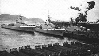 HMCS Ottawa (DDH 229) - Two St. Laurent-class destroyers in their original configuration