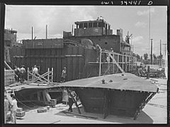 Cargo vessel under construction 8d39892v.jpg