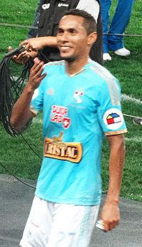 Carlos Lobaton 2014.jpg