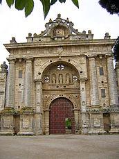 Portada renacentista del Monasterio
