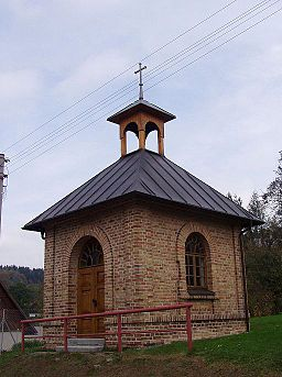 Chapel in Janov 02.JPG