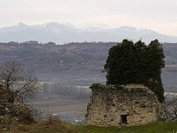 Chaqvinji Fortress -4 (Photo by Lika Abralava, 2011).jpg
