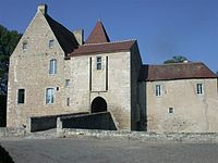 Chateaudelamothe 2004.JPG