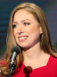 Chelsea Clinton DNC July 2016 (cropped).jpg