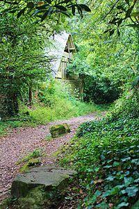 Chemin de cadoudal - locoal mendon 8747.JPG