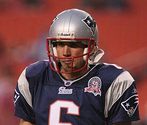 Chris Hanson (American football) - Hanson during a 2009 preseason game against the Washington Redskins.